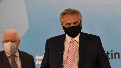 Alberto Fernández y su ministro Ginés González García. (Franco Fafasuli)