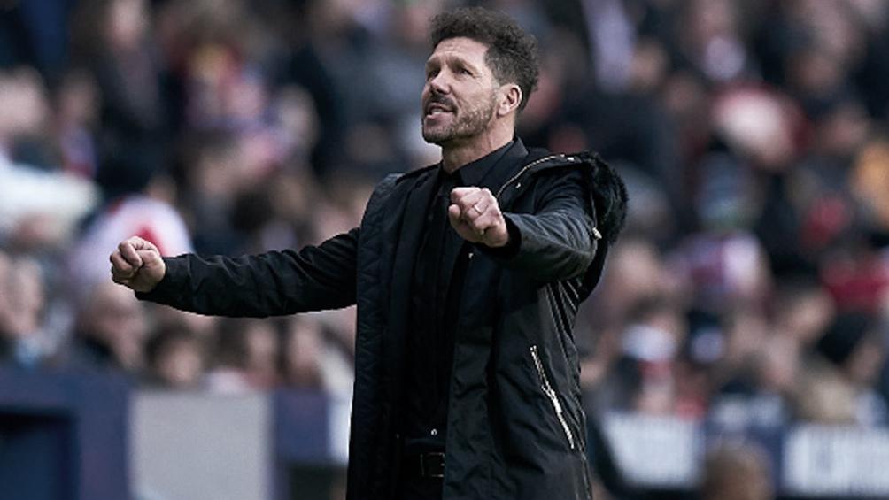Atlético Madrid, con 500 duelos de Simeone en el banco como DT, ganó y sigue puntero en La Liga