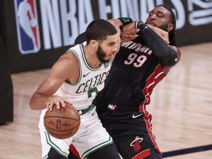 El ala-pívot Jayson Tatum de los Celtics de Boston EFE/EPA/ERIK S. LESSER/Archivo