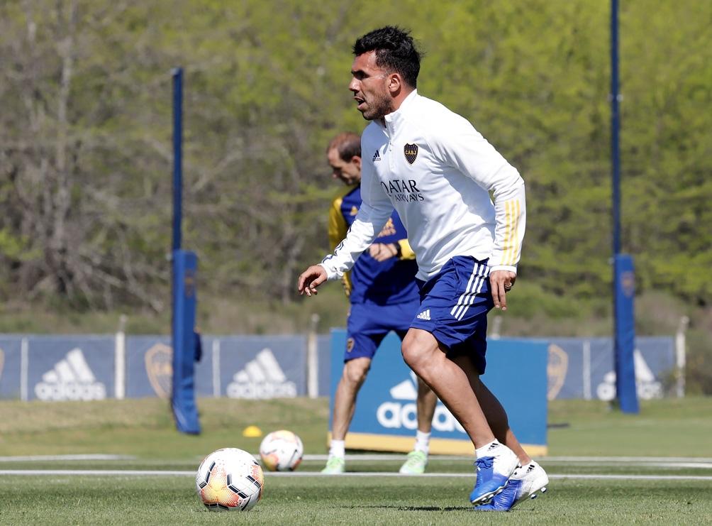 Carlos Tevez les pidió a los jugadores mantenerse unidos.