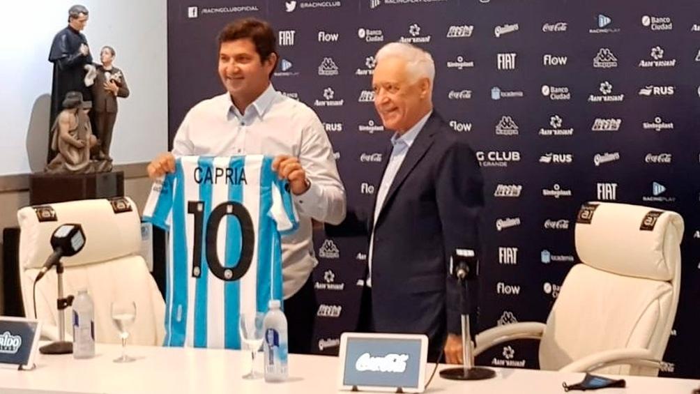 Rubén Capria y el presidente Víctor Blanco en la presentación.