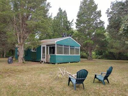En la cabaña se puede acampar o hacer una fogata para disfrutar del aire libre Foto: (Realtor)