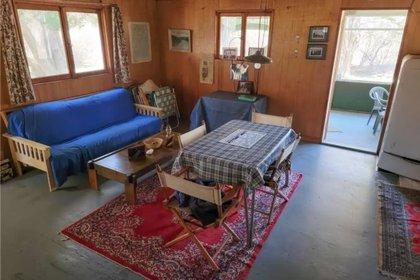 La cabaña está hecha de madera y fue construida en 1972 Foto: (Realtor)