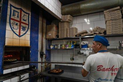 El cierre nocturno obligatorio golpeó la facturación del sector gastronómico