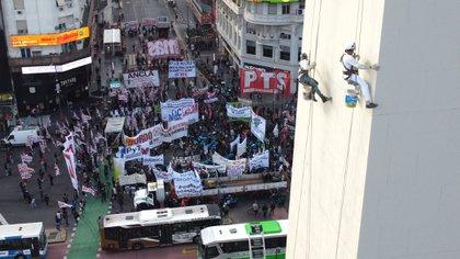 Las marchas comenzaron a las 8 (Franco Fafasuli)