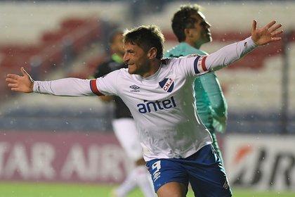 El jugador Gonzalo Bergessio de Nacional. EFE/SANDRO PEREYRA/POOL/Archivo