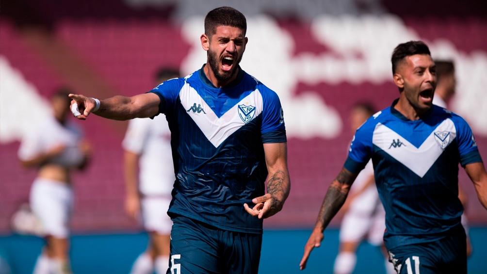 Vélez Sarsfield sacó adelante su compromiso con la Liga Deportiva Universitaria de Quito