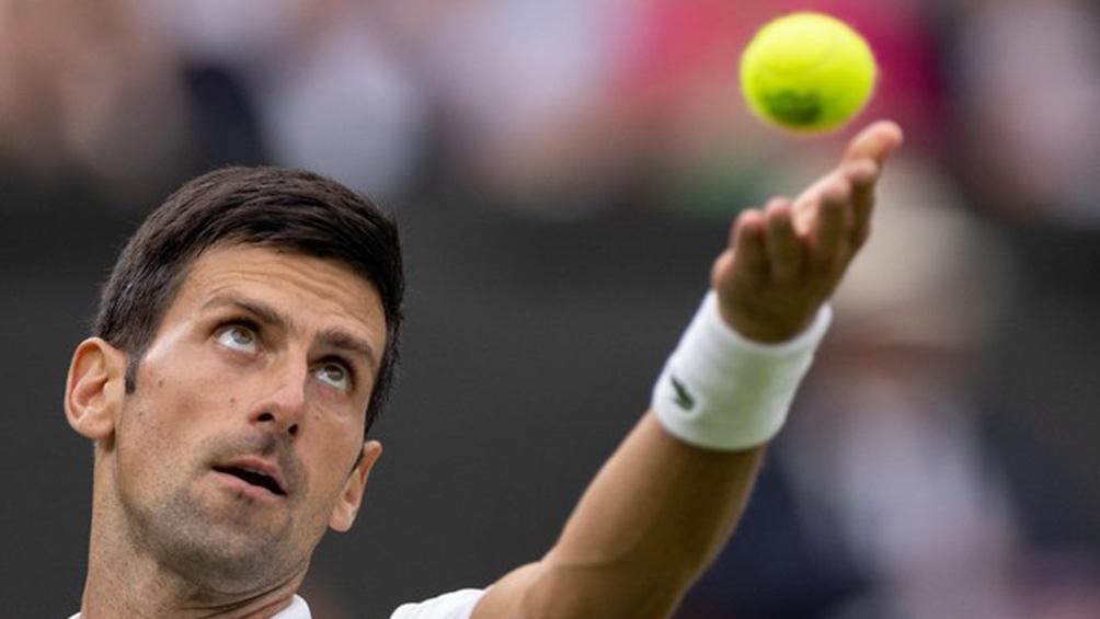 Djokovic y su primer triunfo para defender el título.