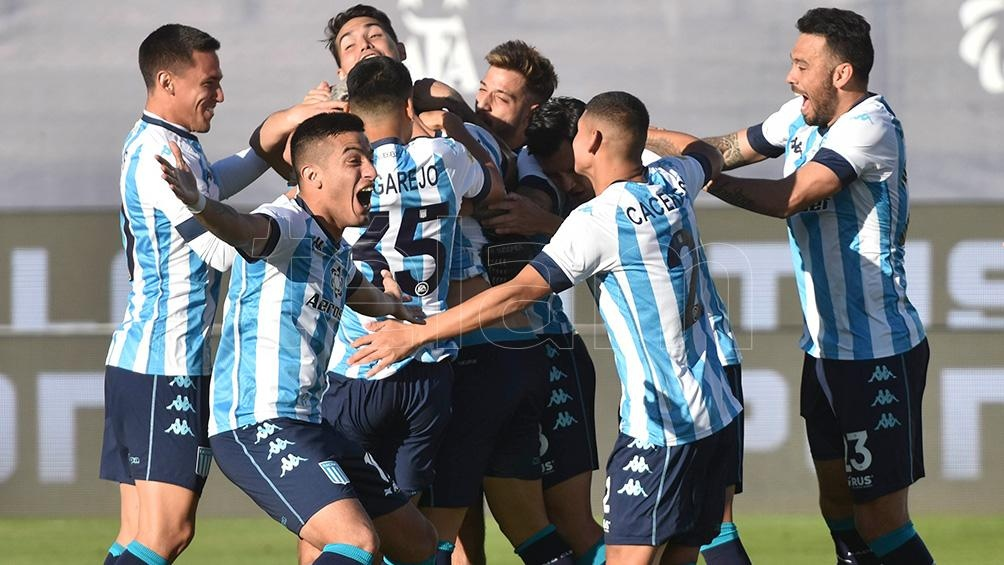 Racing Club enfrentará a Colón de Santa Fe el próximo viernes en el estadio San Juan del Bicentenario.
