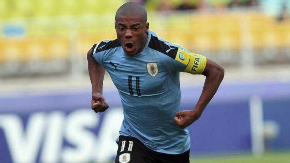 El volante de River Nicolás de la Cruz sería titular en el equipo uruguayo.