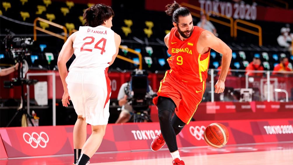 España logró una clara victoria ante el local Japón.