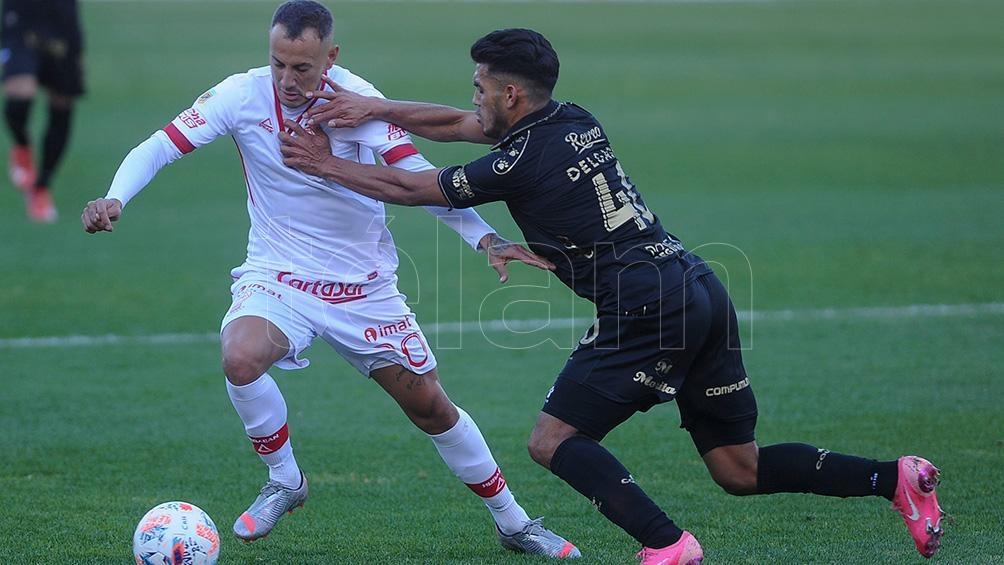 Huracán y Colón quedaron a mano. (Foto: Osvaldo Fantón).
