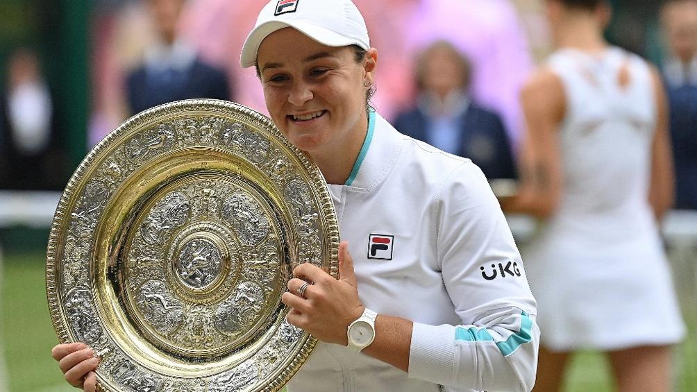 Barty se consagró campeona del abierto de Wimbledon. Foto: AFP.