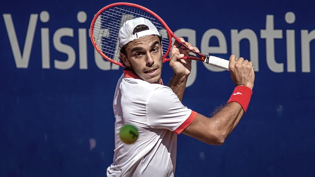 Francisco Cerúndolo pudo participar por la baja de Federer.