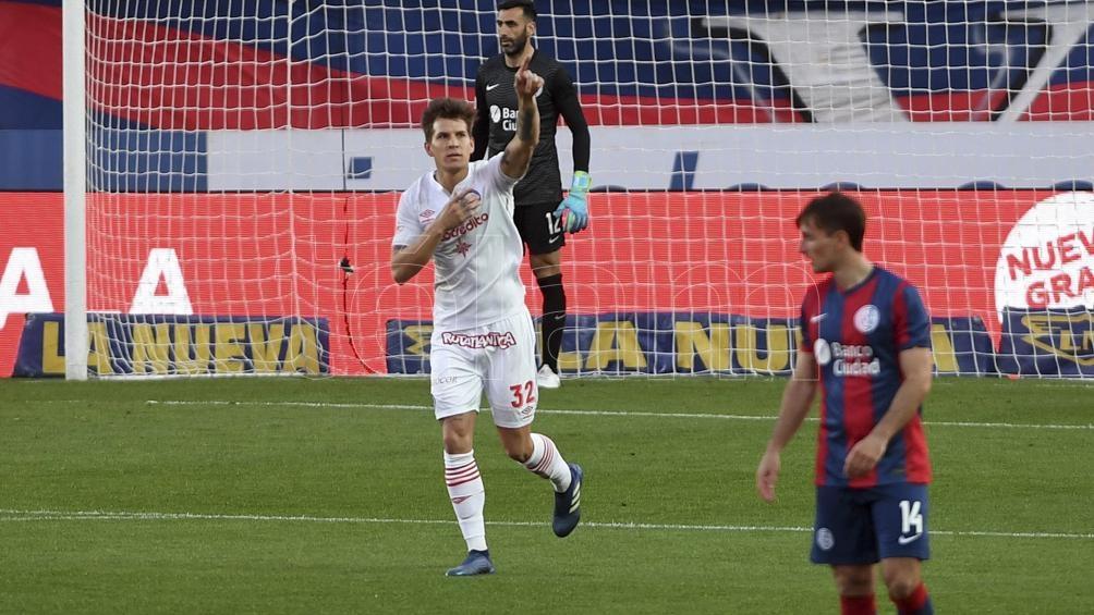 San Lorenzo arrancó el torneo ganando pero después se llenó de dudas (Foto: Maximiliano Luna).