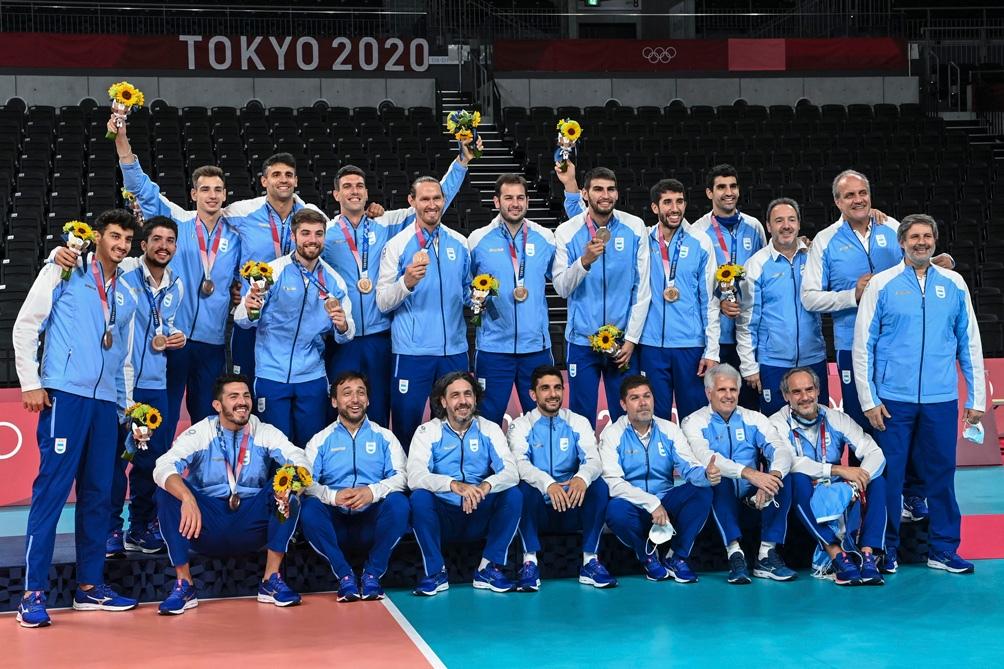 Argentina posa con la medalla de bronce.
