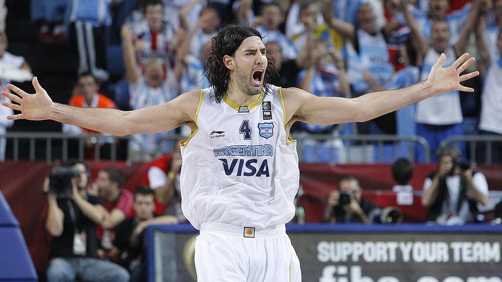 Luis Scola y su famosa melena: un ídolo de 41 años, 2,06 de altura y un corazón inconmensurable. (Villa Press)