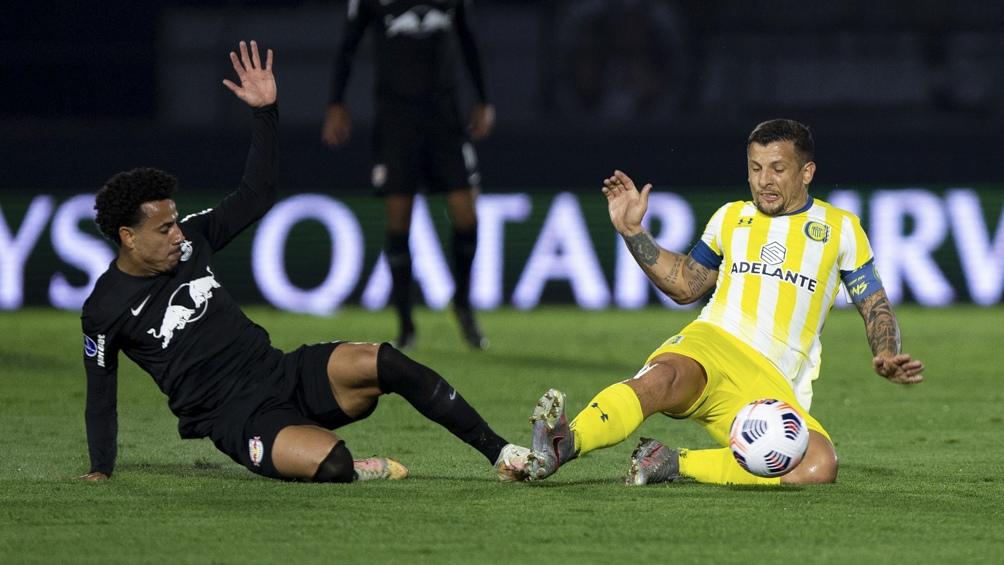 Bragantino dejó a Central sin nada y pasó a semifinales.