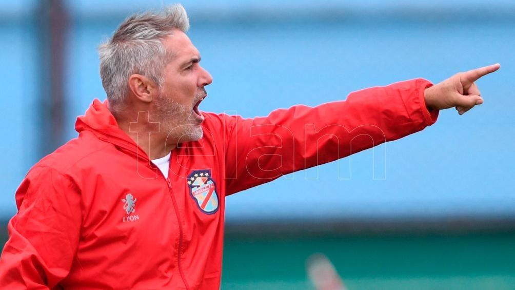 """Sergio Rondina y """"Ferroviario"""" llegaron a un acuerdo de palabra para su incorporación al club"""