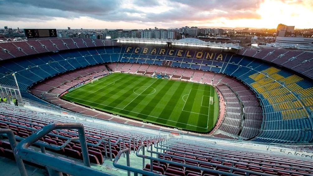 Los estadios españoles, como el Camp Nou, vuelven a recibir público.