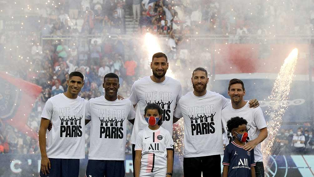 El argentino se presentó junto a los nuevos refuerzos del PSG, entre ellos el exMadrid Sergio Ramos.