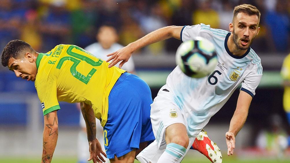 Pezzella fue una de las figuras en el equipo de Scaloni que derrotó a Brasil en la Copa América.