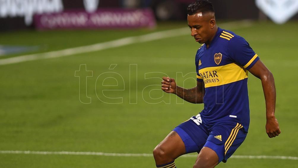 El jugador viajó a Colombia por la enfermedad de su madre.