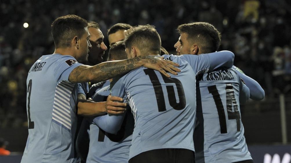 Uruguay se consolidó en zona de clasificación.