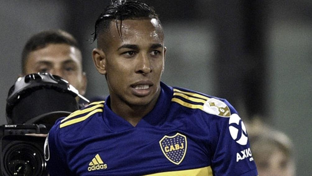Villa regresa a Boca, en meido de pedidos de disculpas a lso hinchas y sus compañeros de equipo